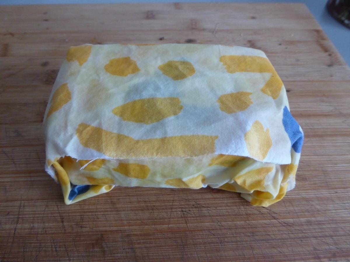 Tuto wrap ou tissus enduit la cire d 39 abeille pour - Comment faire de la cire maison ...